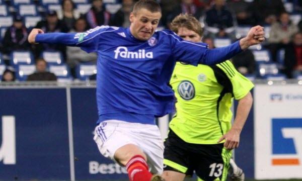 Bóng đá - Wolfsburg vs Holstein Kiel 01h30, ngày 18/05
